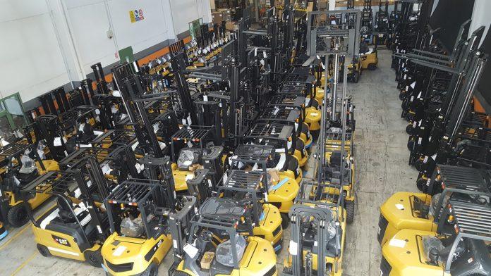 Compagnia Generale Macchine distributore unico per l'Italia di CAT® lift trucks