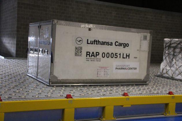 I carrelli speciali OMG per il nuovo Swissport Pharma Center all'aeroporto di Bruxelles