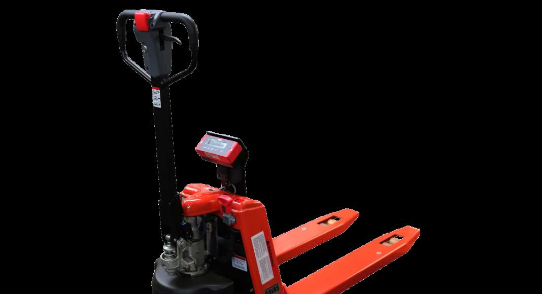 Il transpallet pesatore manuale a trazione elettrica di Ravas per muoversi e pesare ergonomicamente